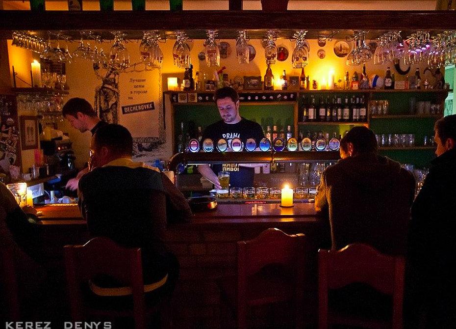 Крымский ужин при свечах: как рестораторы Севастополя кормили обесточенный город