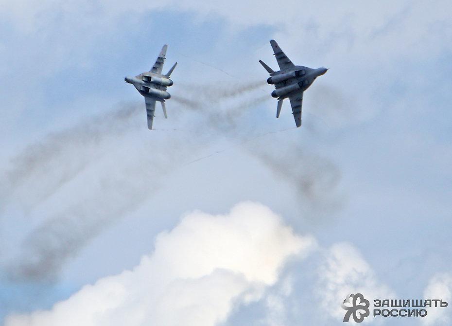Фронтовой истребитель МиГ-29 уничтожил цели неуправляемыми ракетами (Видео)