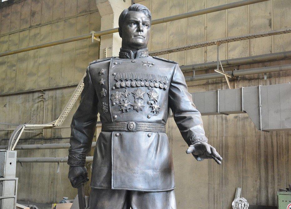 ВХабаровске открыли монумент маршалу Василевскому