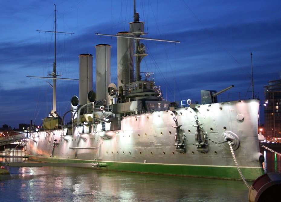 ФАС нашла нарушения при ремонте «Авроры» на16 млн руб.
