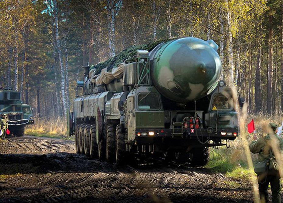 ВКозельске впервый раз показали загрузку вшахту баллистической ракеты «Ярс»