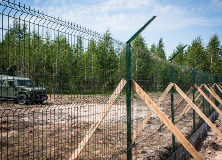 Украина прекратила строительство стены награнице сРоссией