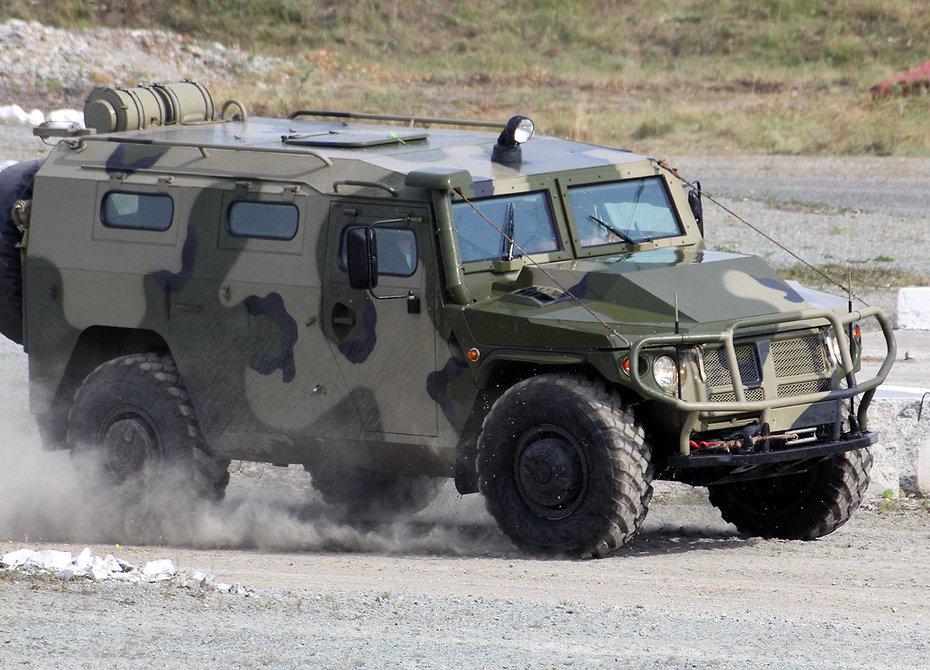 На востоке России проходят экстремальные заезды бронемашин