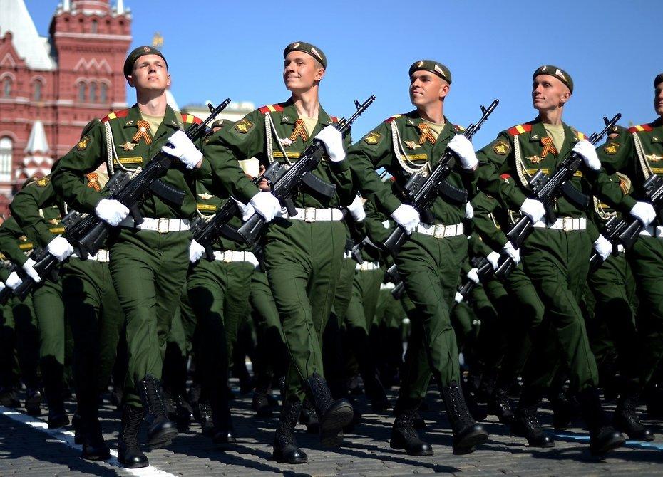Практически 90% граждан России одобряют деятельность Вооруженных СилРФ