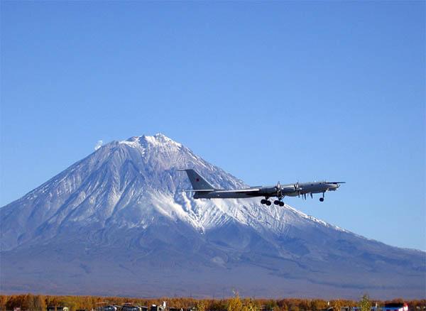 Дальний противолодочный самолет ту мэ