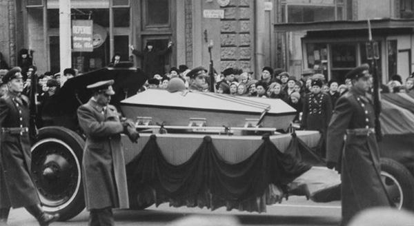 Траурный кортеж с прахом неизвестного солдата, Москва, 1966 год