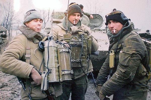 Военные связисты, Грозный
