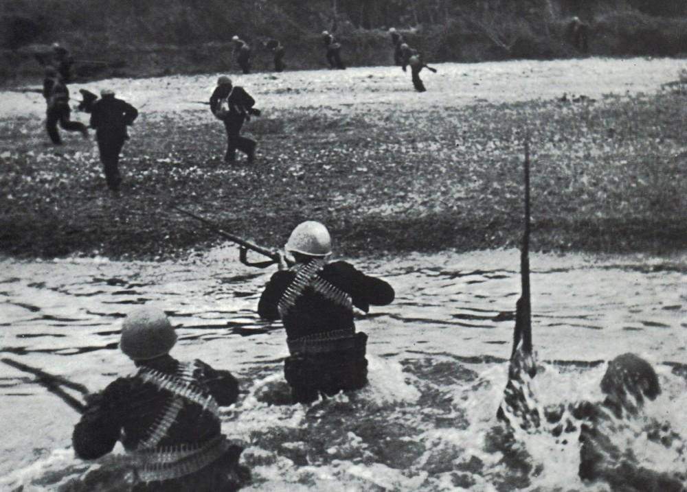 Высадка морской пехоты, Керчь